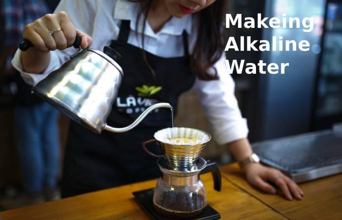 Making alkaline water